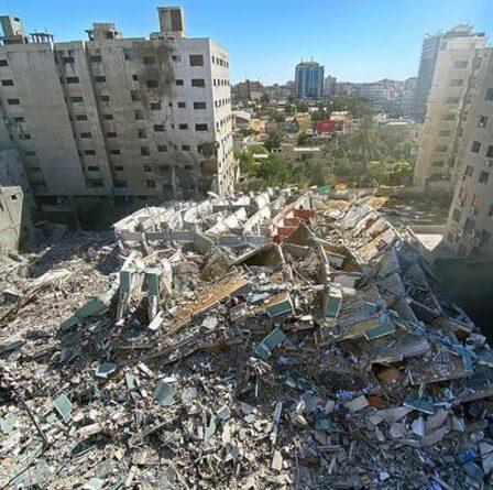 Horreur israélo-palestinienne: le monde appelle au `` calme '' alors que des roquettes frappent et que le nombre de morts augmente