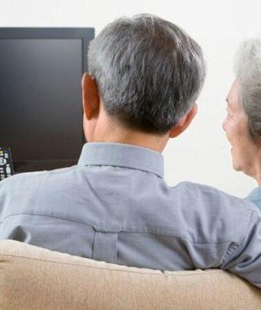 Avertissement concernant la pension d'État: vous manquez peut-être 3000 £ et une licence de télévision gratuite - vérifiez maintenant