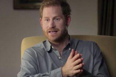 Charles veut qu'Harry prolonge sa visite au Royaume-Uni afin de finalement écraser les attaques dommageables de Duke