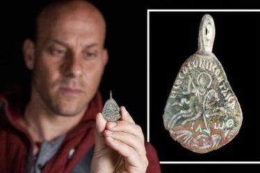Les archéologues israéliens dévoilent le `` sceau de Salomon '' - une ancienne amulette protégeant du mal