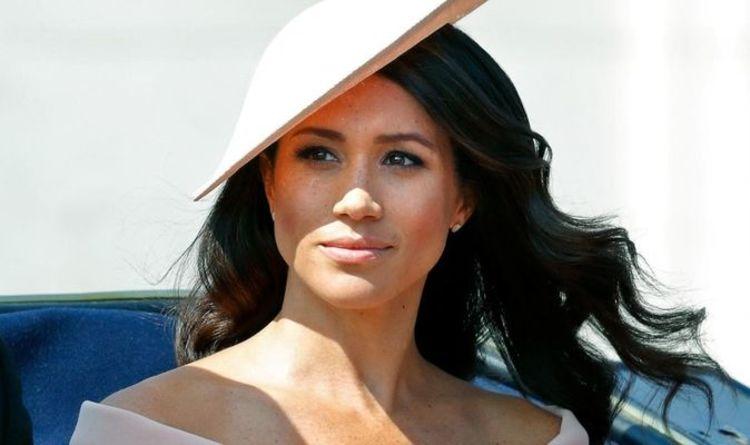 Meghan Markle `` intelligente '' a abordé la vie royale différemment de la princesse Diana `` en mer ''