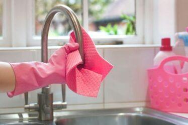 Nettoyage: les fans de Mme Hinch partagent le meilleur moyen de nettoyer les torchons et d'éliminer les `` odeurs désagréables ''