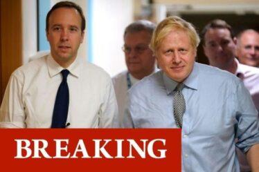 """Boris Johnson """" a qualifié Matt Hancock de totalement désespéré """" - Cummings publie Whatsapp"""