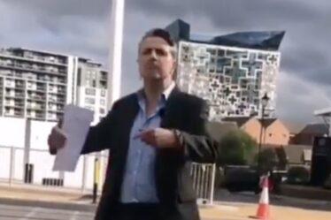 """Un journaliste d'ITV News s'en prend aux chahuteurs dans une diatribe grossière - """"Je vais te défoncer !"""""""