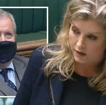 Penny Mordaunt « détruit complètement » Ian Blackford du SNP alors que les députés rejettent sa motion