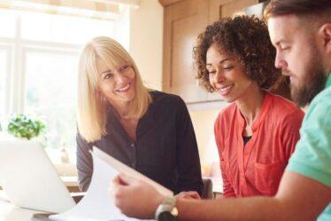 """Avertissement immobilier: ce que les agents immobiliers """"ne peuvent pas dire"""" aux acheteurs potentiels - """"fondamentalement illégal"""""""