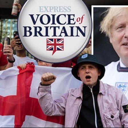'Avoir une emprise!'  Boris a averti de NE PAS annoncer les jours fériés alors que l'Angleterre atteint la finale de l'Euro 2020