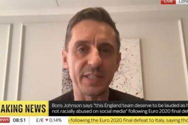 Gary Neville claque Boris Johnson après que des stars anglaises ont été victimes d'abus racistes après la défaite de l'Italie
