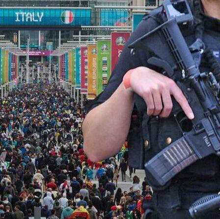 """Met Police émet un avertissement de menace terroriste avant la finale de l'Euro 2020 - """"Restez vigilants !"""""""