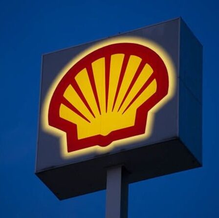 Shell annonce une nouvelle mesure pour les retraites alors que la hausse des prix du pétrole augmente les fortunes