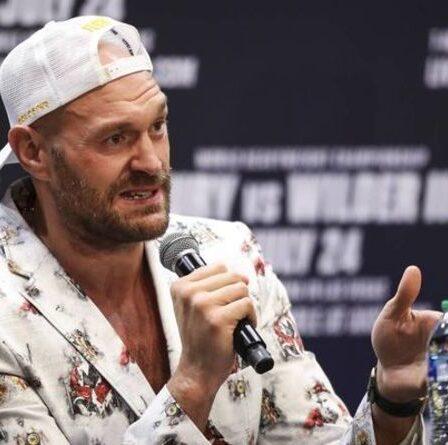 Tyson Fury et les membres de l'équipe sont testés positifs pour COVID-19 alors que le combat de Deontay Wilder est retardé