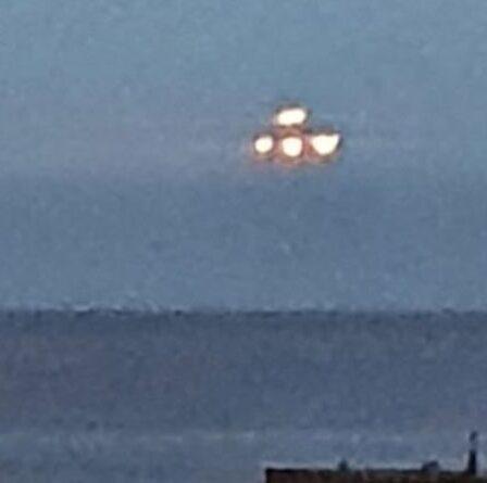 Un OVNI a survolé le front de mer du Devon pendant 10 secondes avant de disparaître - photos