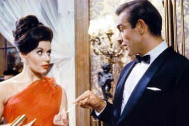 """James Bond Sean Connery: Booze était nécessaire pour la scène emblématique """"Il était si nerveux"""""""