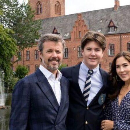 La future reine danoise suscite la frénésie des fans royaux avec une «belle» photo de l'école du prince Christian