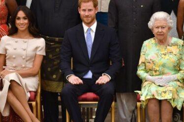 La reine évite d'avoir l'air «mesquine» en permettant au prince Harry et à Meghan Markle de conserver leurs titres