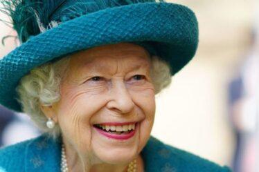 Le nouveau corgi de la reine nommé d'après le lieu de pique-nique de Balmoral apprécié par les arrière-petits-enfants royaux
