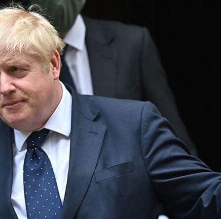 Boris Johnson défend la hausse controversée de la taxe d'assurance nationale pour réparer le système de protection sociale