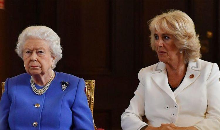 """Le snob brutal de Camilla de Queen: """"Je ne l'appellerais pas par son nom!""""  - expert revendiqué"""