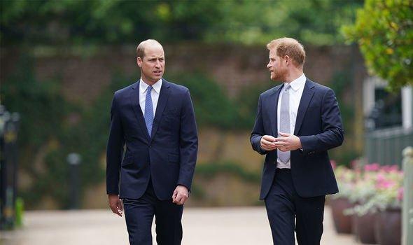 Prince William : les frères ont été brièvement réunis lors du dévoilement de la statue de leur mère en juillet