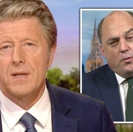 """Charlie Stayt fustigé par l'interview de Ben Wallace par les téléspectateurs de la BBC """"embarrassante"""""""