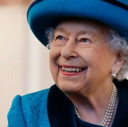 De Corgi à Dorgi !  Comment la reine Elizabeth II a été créditée pour avoir créé une nouvelle race de chien