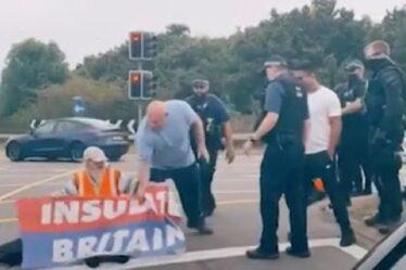 La police a critiqué la «farce» d'Insulate Britain M25 alors que les conducteurs partaient pour éloigner les manifestants
