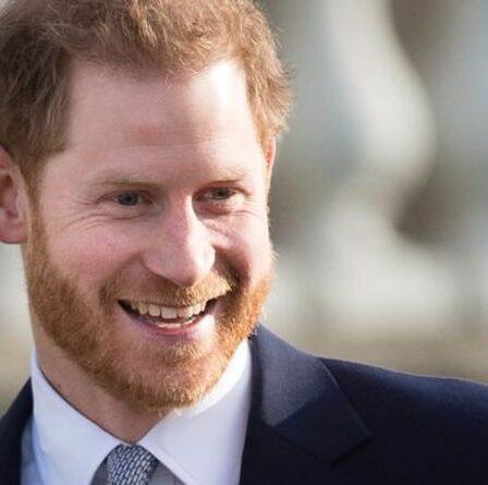 """Le prince Harry """"courageux"""" a salué sa décision """"audacieuse"""" alors que Duke affronte un """"baril de poudre dangereux"""""""