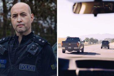 """Les policiers de l'autoroute partagent un panneau d'avertissement majeur pour arrêter une voiture - """"c'est un feu rouge"""""""