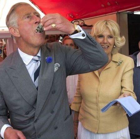 «Peut être un problème» Le personnel du prince Charles est frustré par une habitude alimentaire inhabituelle