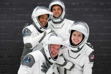 SpaceX sur le point de révolutionner le tourisme spatial alors qu'Inspiration4 se lance en orbite