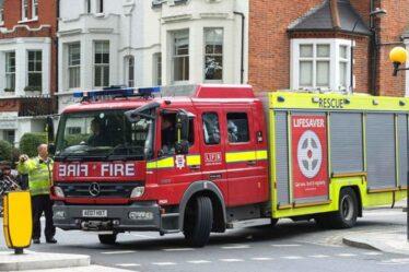 Les suppressions d'emplois dans la lutte contre les incendies signifient que nous sommes PLUS susceptibles de mourir dans un incendie - par rapport à il y a dix ans