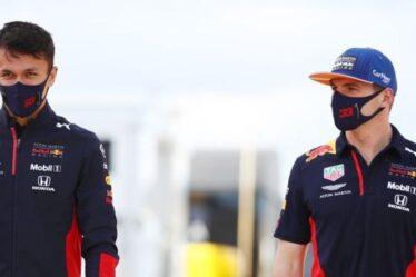 Alex Albon explique pourquoi il est si difficile d'être le coéquipier Red Bull de Max Verstappen