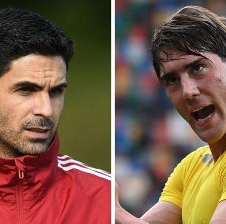 Arsenal a quatre joueurs qu'ils pourraient offrir à la Fiorentina dans le cadre d'un accord d'échange avec Dusan Vlahovic