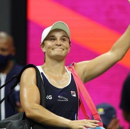 Ashleigh Barty se retire de la finale de la WTA alors que le numéro 1 mondial refuse de ruiner les plans de l'Open d'Australie