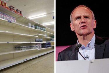Boris Johnson nomme l'ancien patron de Tesco pour sauver Noël et la crise de la chaîne d'approvisionnement en Grande-Bretagne