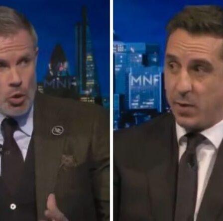 Gary Neville met fin à la tentative de Jamie Carragher d'interrompre le débat houleux de Man Utd