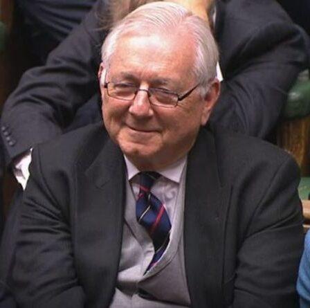 Gofundme a commencé pour le député conservateur qui a décrit son salaire annuel de 82 000 £ comme « vraiment sombre »