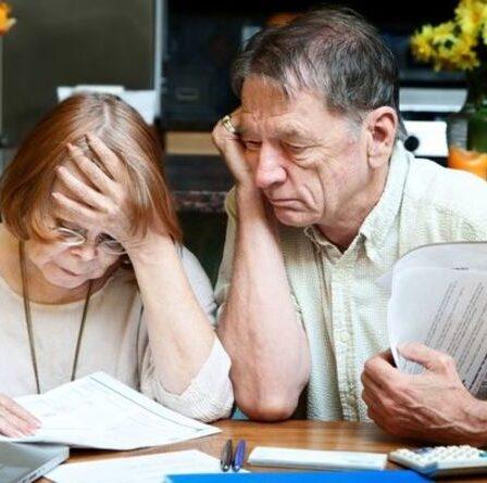 """La colère contre la pension de l'État passe à 20 000 £ - """"toujours 30 ans de retard sur l'Allemagne et la France"""""""