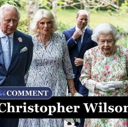 L'année prochaine pourrait être la plus difficile de Queen - la famille royale est déjà en train de redémarrer -CHRISTOPHER WILSON