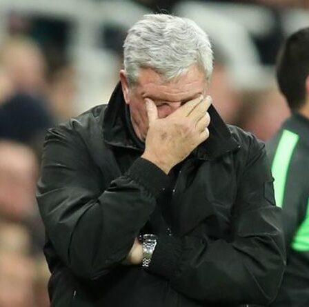 Newcastle a réduit la liste des managers à trois alors que Steve Bruce s'approche de la sortie