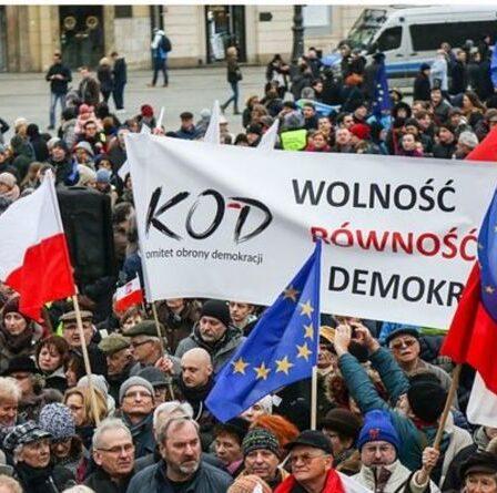 Polexit: le soutien de la Pologne à la sortie de l'UE est plus grand que JAMAIS - mais fait toujours face à un grand défi