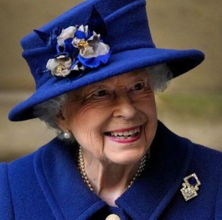 """Queen continue de """"jouer sur le devant de la scène"""" car elle ne prévoit pas de """"ralentir"""""""