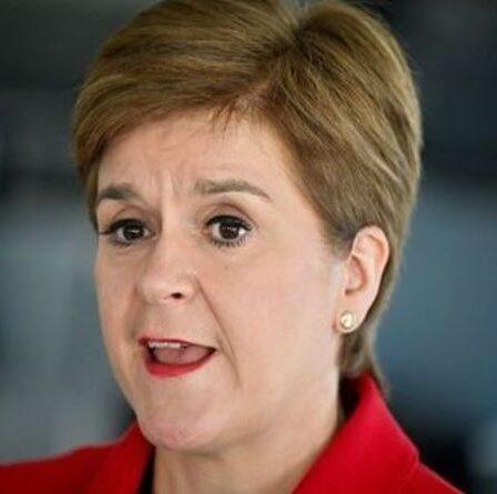 Révolte lancée contre le programme SNP détesté