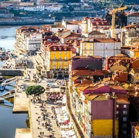 «Stressant et ennuyeux»: les touristes se rendant au Portugal pourraient encore avoir besoin de tests selon de nouveaux conseils
