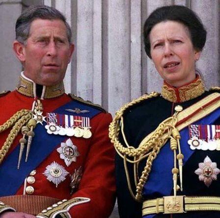 «Très amusant!»  Le prince Charles partage l'histoire d'enfance de la princesse Anne sur un potager